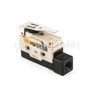 D4MC1020 ก้านแขนสั้น Limit Switch Omron