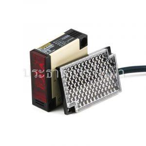 E3JK-R4M1 24-240VAC/12-240VDC 2M Photoelectric Omron