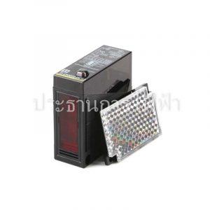E3JM-R4M4T-G 24-240VAC/12-240VDC Photoelectric Omron